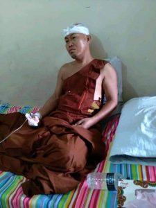 পূজগাং প্রজ্ঞা সাধনা বন বিহারের বিহার অধ্যক্ষ অগ্রজ্যোতি ভিক্ষু